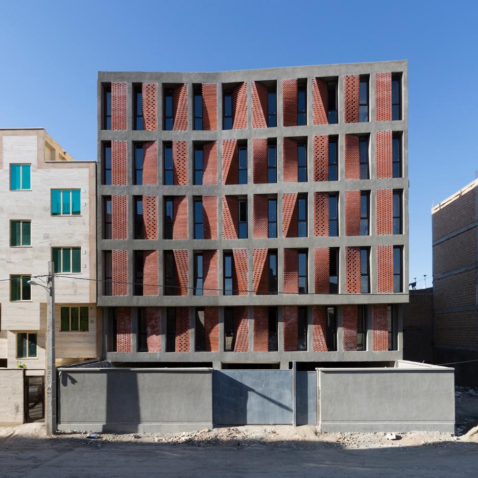 ساختمان مسکونی کهریزک